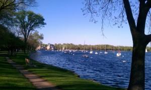 lake-harriet-west-shoreline